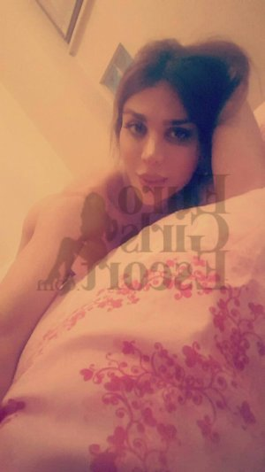 Dauriane escort girl