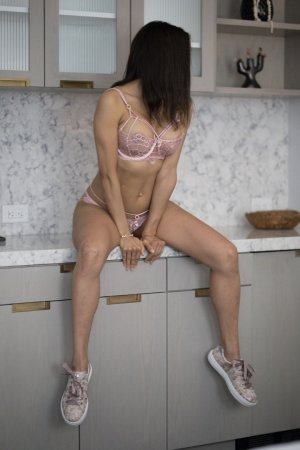 Khayla ebony escort girl in Carrollwood FL